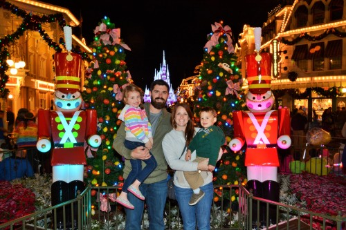 PhotoPass_Visiting_Magic_Kingdom_Park_7108882952 (2)